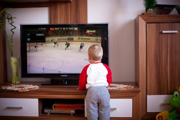 Tudi vaši otroci lahko popolnoma varno uživajo ob IPTV